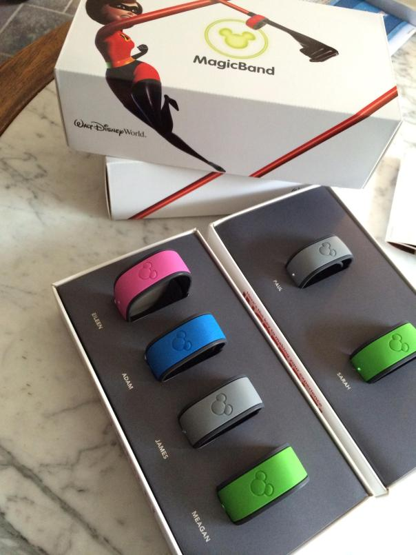 Disney's MagicBand: Admission ticket, room key and payment method, all-in-one wristbands.